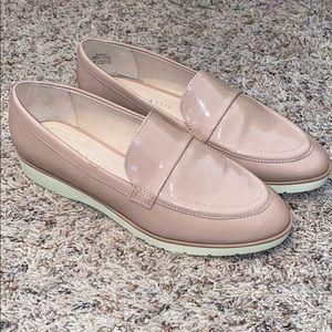 Kelly & Katie Emmah Loafer Women's Shoes